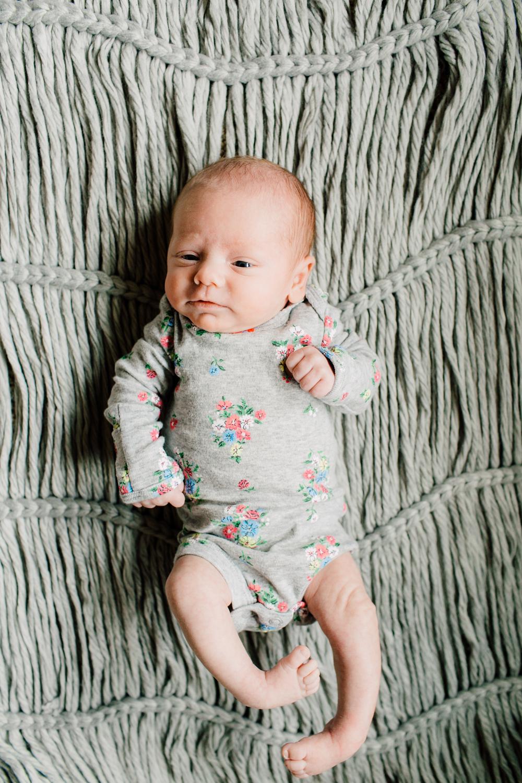011-bellingham-newborn-photographer-katheryn-moran-lifestyle-cora.jpg