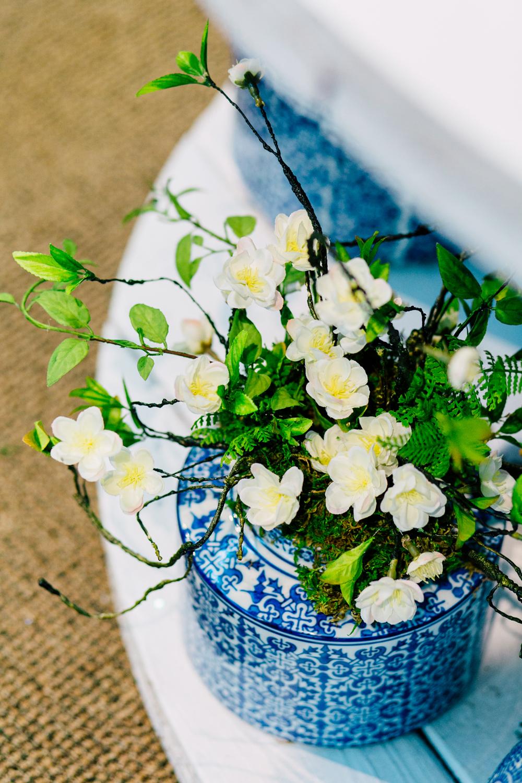 024-woodinville-photographer-molbaks-home-garden-marketing-spring-katheryn-moran.jpg