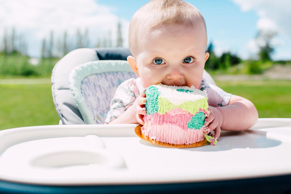 007-bellingham-cake-smash-first0-birthday-photographer-katheryn-moran-margot.jpg