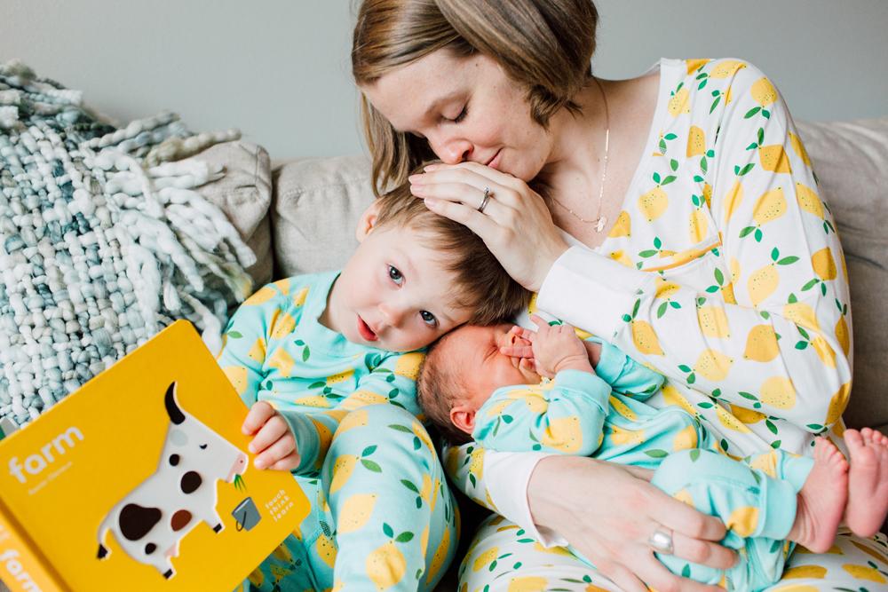 021-bellingham-family-newborn-photographer-katheryn-moran-fitts-family-baby-harry.jpg