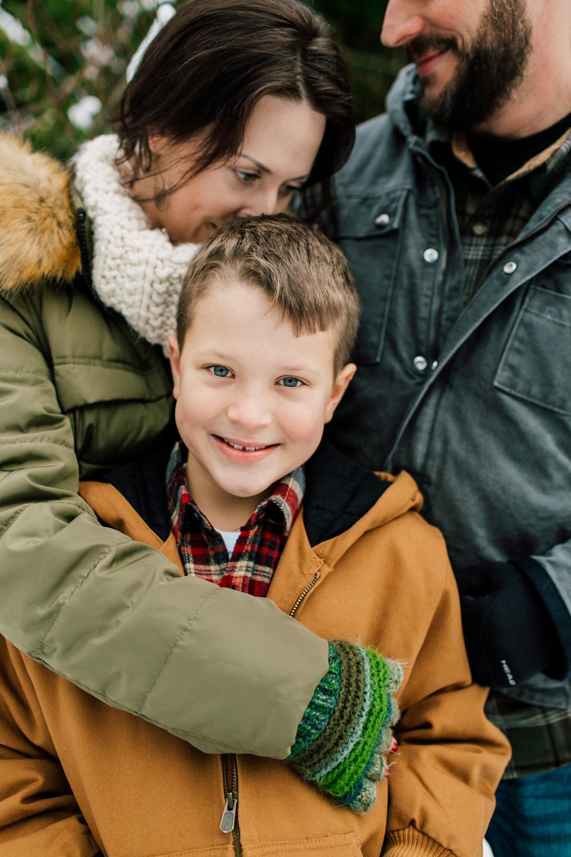 008-bellingham-family-photographer-katheryn-moran-mount-baker-sampson.jpg
