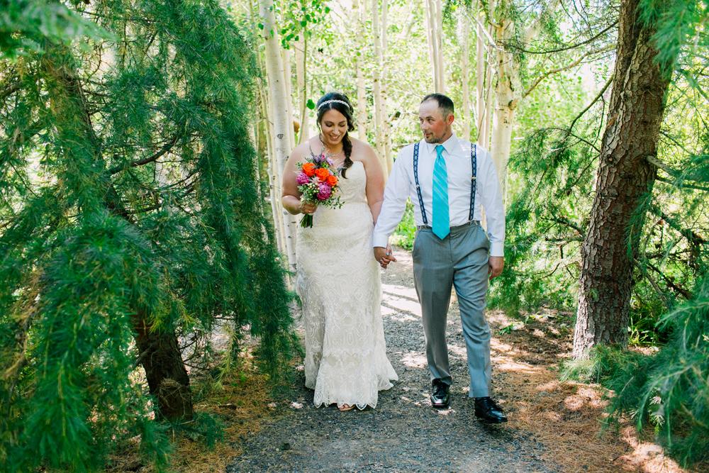 015-snohomish-wedding-photographer-katheryn-moran-woodland-meadow-farm-ali-kris-2017.jpg