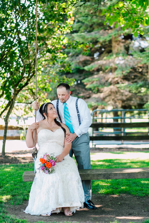 020-snohomish-wedding-photographer-katheryn-moran-woodland-meadow-farm-ali-kris-2017.jpg