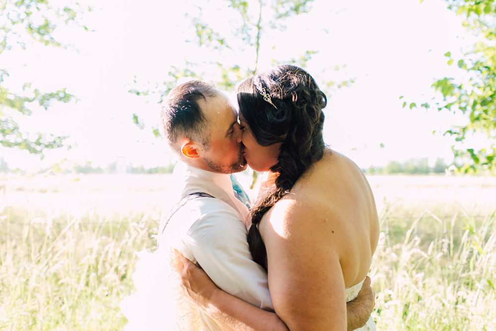 031-snohomish-wedding-photographer-katheryn-moran-woodland-meadow-farm-ali-kris-2017.jpg