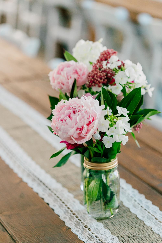 053-snohomish-wedding-photographer-katheryn-moran-woodland-meadow-farm-ali-kris-2017.jpg