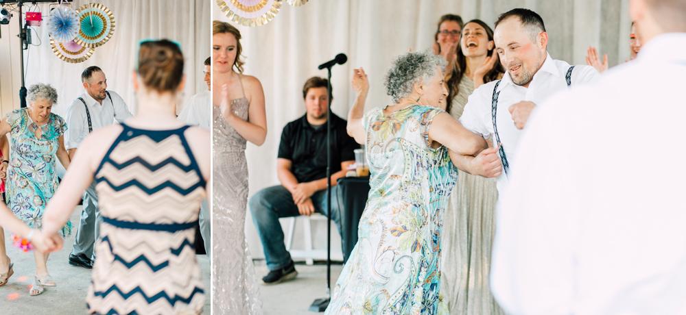 090-snohomish-wedding-photographer-katheryn-moran-woodland-meadow-farm-ali-kris-2017.jpg