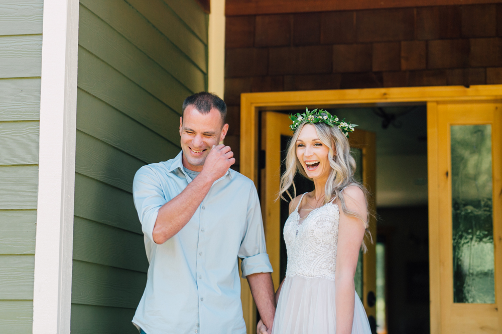 027-bellingham-wedding-photographer-katheryn-moran-backyard-wedding-ashley-kevin-2017.jpg