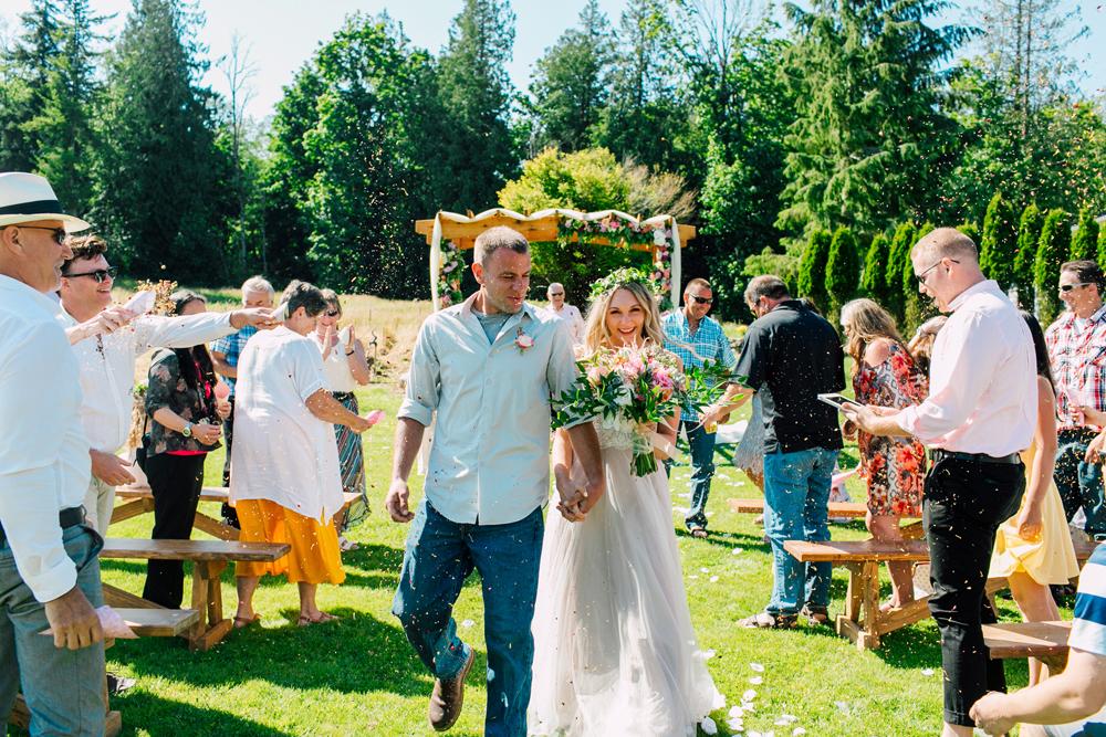 055-bellingham-wedding-photographer-katheryn-moran-backyard-wedding-ashley-kevin-2017.jpg