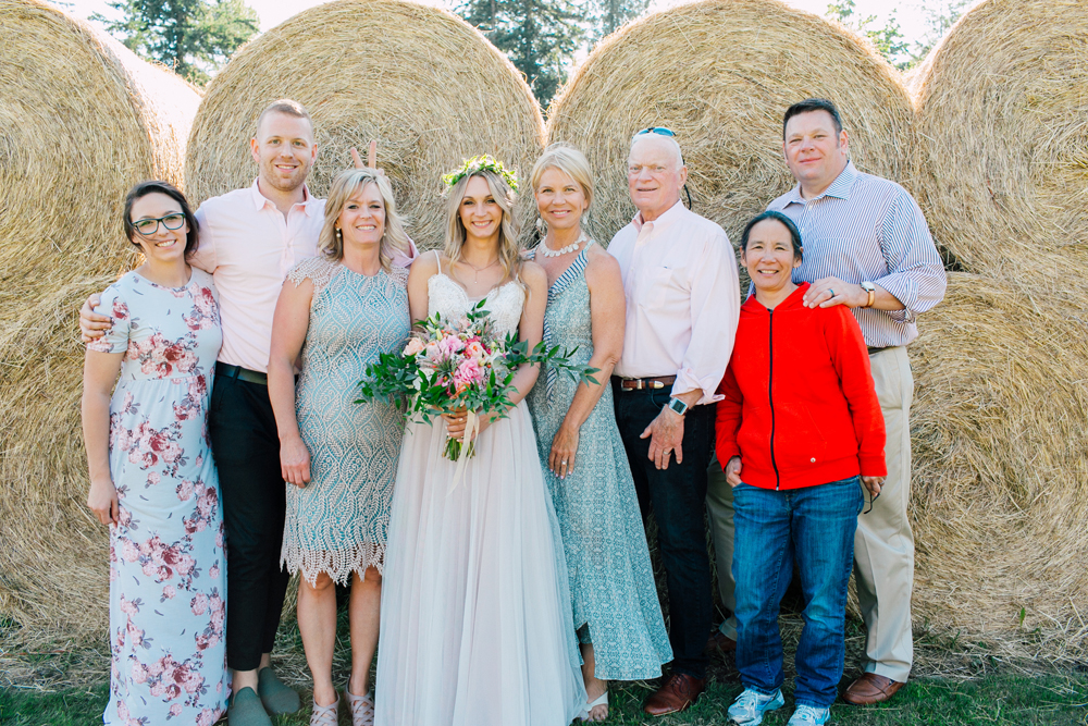 060-bellingham-wedding-photographer-katheryn-moran-backyard-wedding-ashley-kevin-2017.jpg