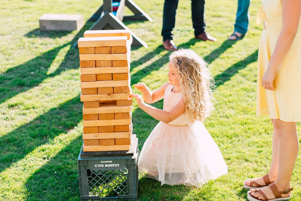 075-bellingham-wedding-photographer-katheryn-moran-backyard-wedding-ashley-kevin-2017.jpg