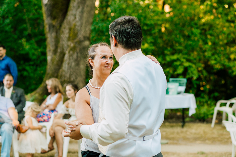 086-seattle-bastyr-grotto-wedding-katheryn-moran-photography-ashley-zach.jpg
