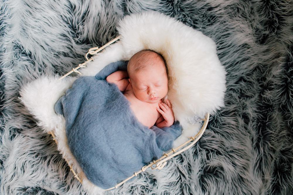 004-seattle-newborn-photographer-katheryn-moran-baby-avery.jpg