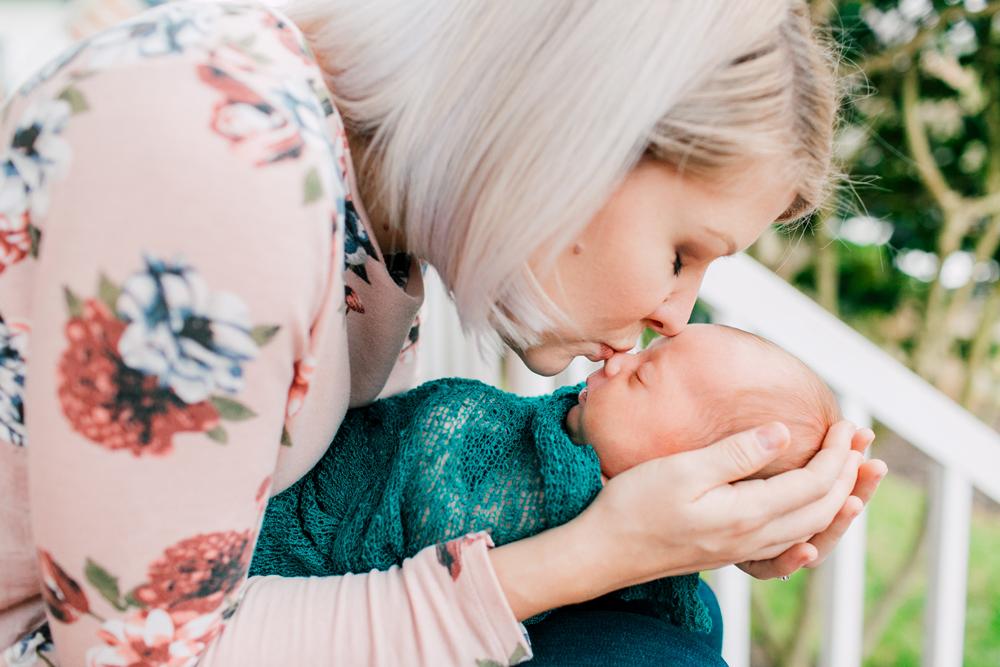 019-seattle-newborn-photographer-katheryn-moran-baby-avery.jpg