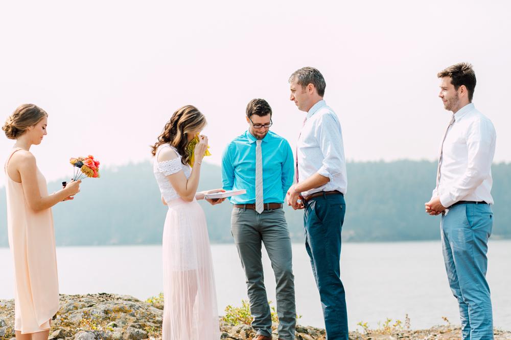 037-orcas-island-wedding-photographer-katheryn-moran-shayna-shaunn-elopement.jpg