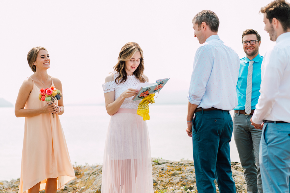 040-orcas-island-wedding-photographer-katheryn-moran-shayna-shaunn-elopement.jpg