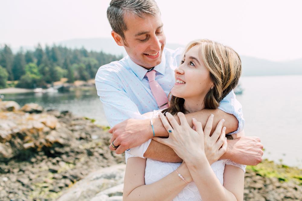 057-orcas-island-wedding-photographer-katheryn-moran-shayna-shaunn-elopement.jpg