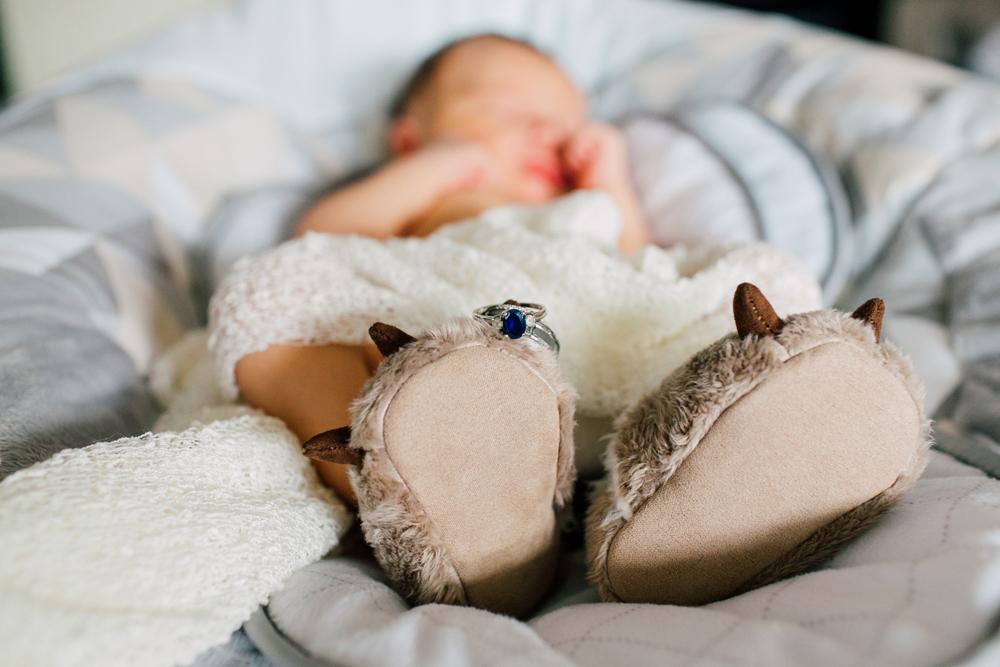 022-seattle-newborn-photographer-katheryn-moran-star-wars-baby-leo.jpg