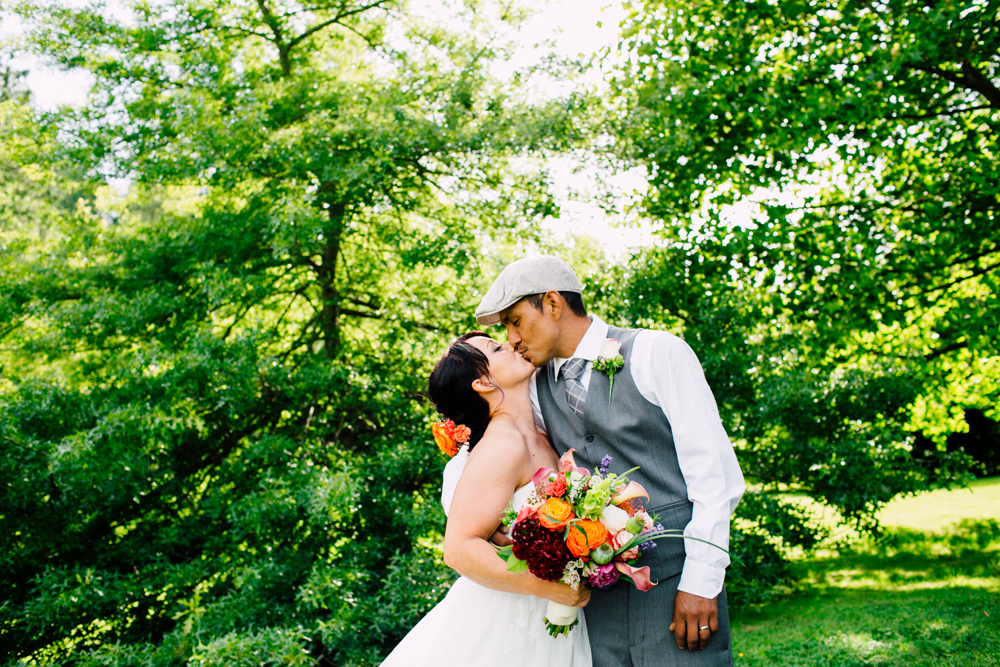 049-snohomish-wedding-photographer-katheryn-moran-jardin-del-sol-angela-luis-garden-wedding.jpg