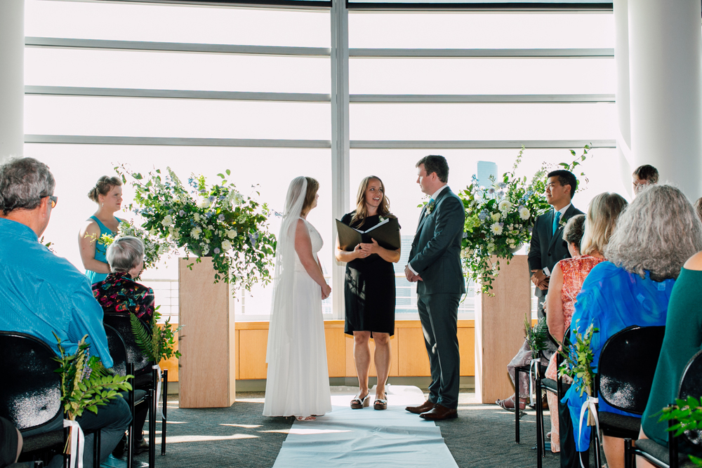055-seattle-wedding-photographer-katheryn-moran-pacific-tower-elyse-jayson-stemmler.jpg
