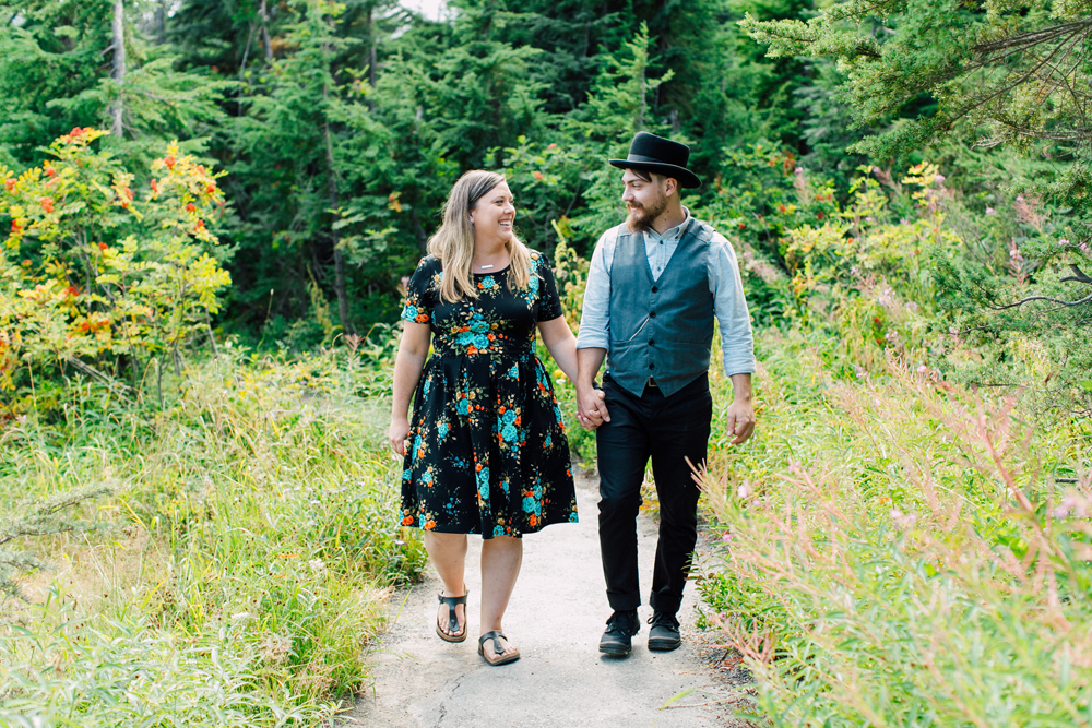 003-bellingham-engagement-photographer-mount-baker-north-fork-brewery-emma-eric.jpg