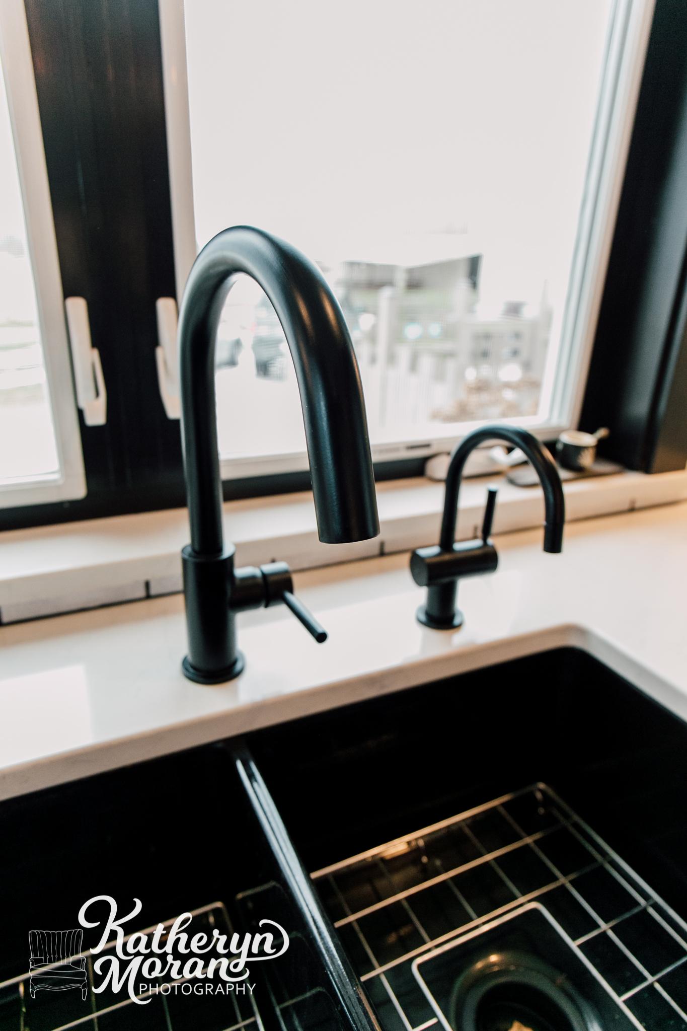 bellingham-photographer-katheryn-moran-jennifer-ryan-designs-interior-design-ferndale-kitchen-2019-1-3.jpg