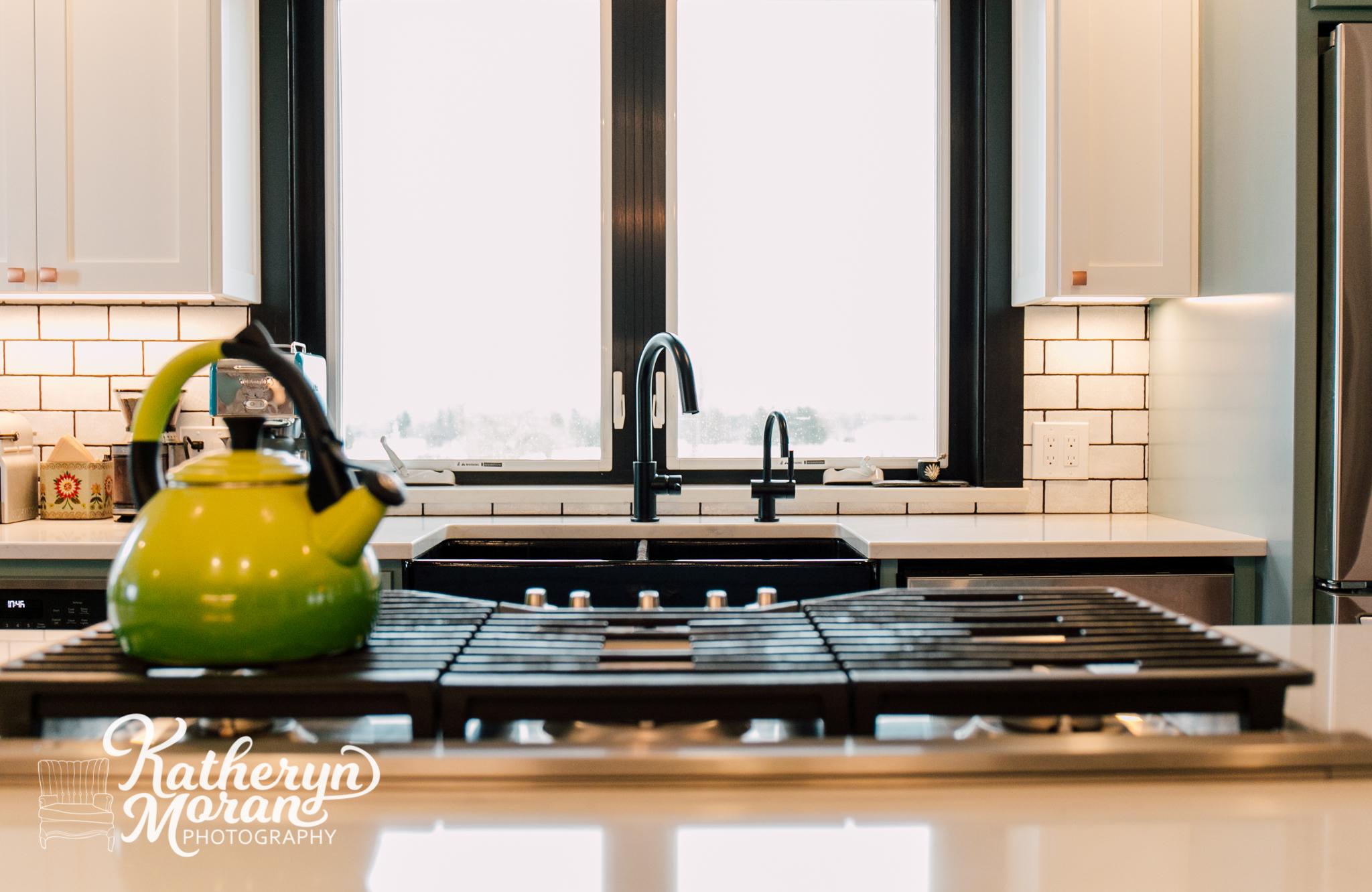 bellingham-photographer-katheryn-moran-jennifer-ryan-designs-interior-design-ferndale-kitchen-2019-1-2.jpg