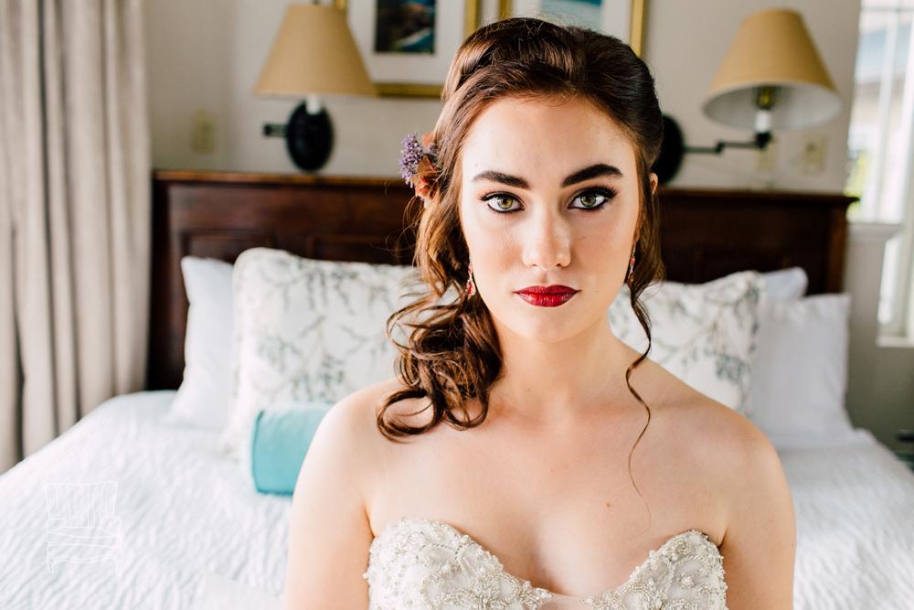 005-bellingham-wedding-photographer-katheryn-moran-bellwether-hotel-glitz-glam-styled-2016.jpg