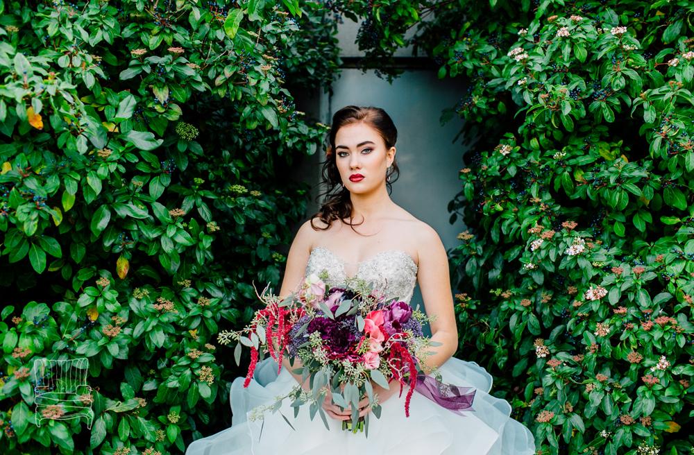 007-bellingham-wedding-photographer-katheryn-moran-bellwether-hotel-glitz-glam-styled-2016.jpg