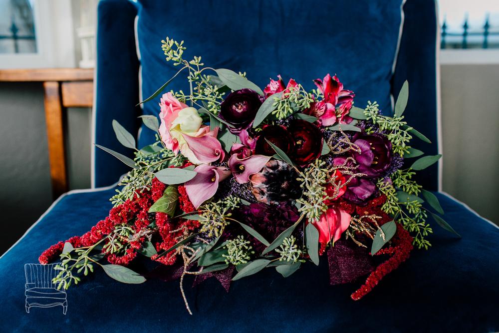 009-bellingham-wedding-photographer-katheryn-moran-bellwether-hotel-glitz-glam-styled-2016.jpg