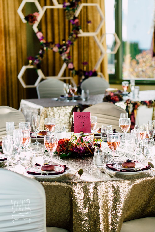 012-bellingham-wedding-photographer-katheryn-moran-bellwether-hotel-glitz-glam-styled-2016.jpg