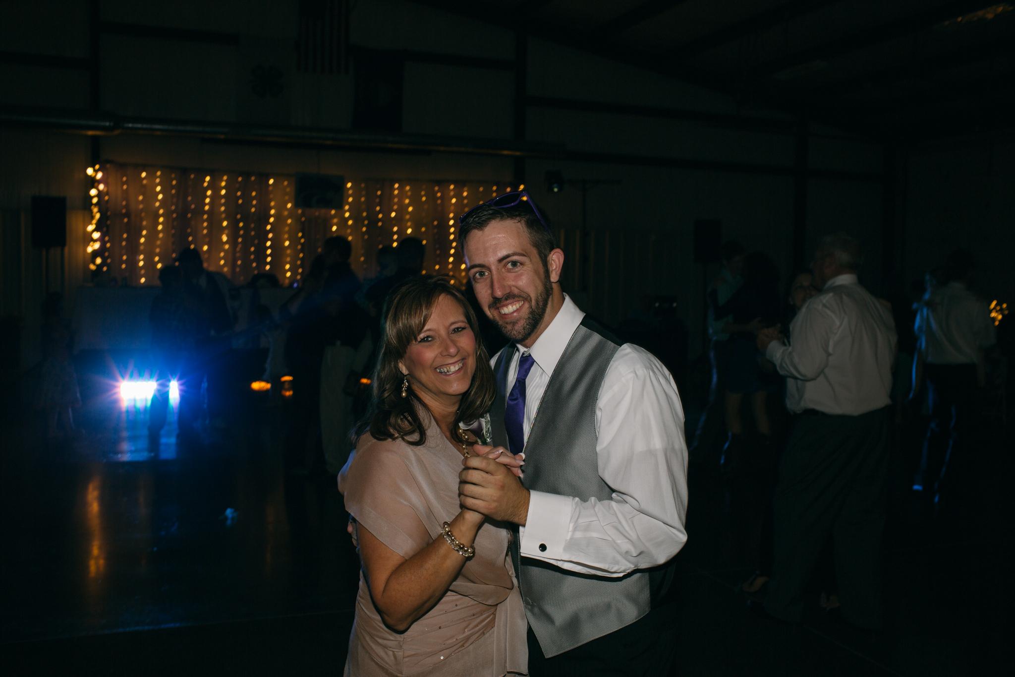 Abby+Mark-Pratt,KS-Neal Dieker-125.jpg