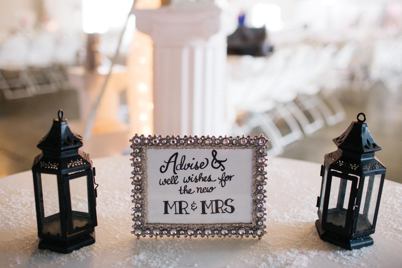 Evansville, Indiana-Wedding Photography-Neal Dieker-107.jpg