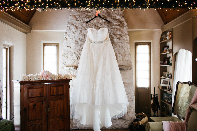 Evansville, Indiana-Wedding Photography-Neal Dieker-143.jpg
