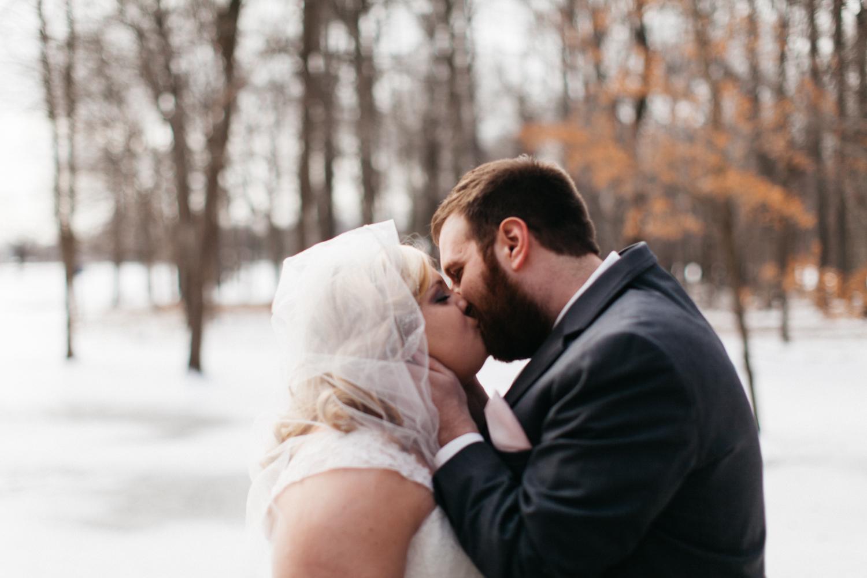 Evansville, Indiana-Wedding Photography-Neal Dieker-161.jpg