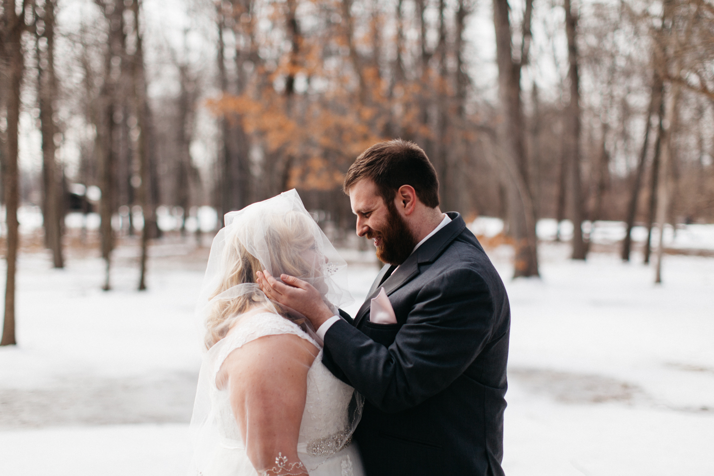 Evansville, Indiana-Wedding Photography-Neal Dieker-160.jpg