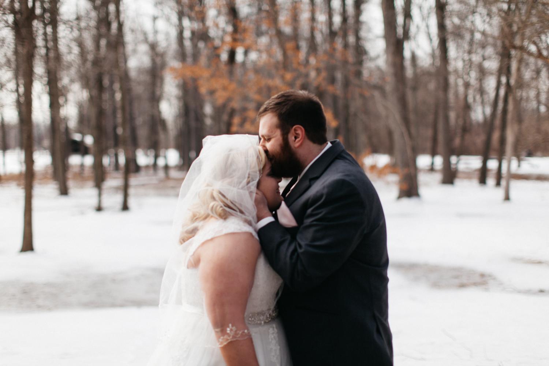 Evansville, Indiana-Wedding Photography-Neal Dieker-162.jpg