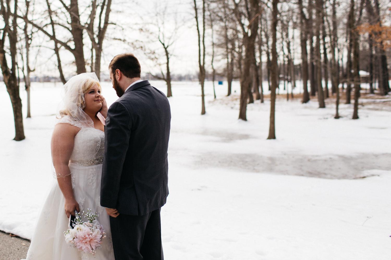 Evansville, Indiana-Wedding Photography-Neal Dieker-165.jpg