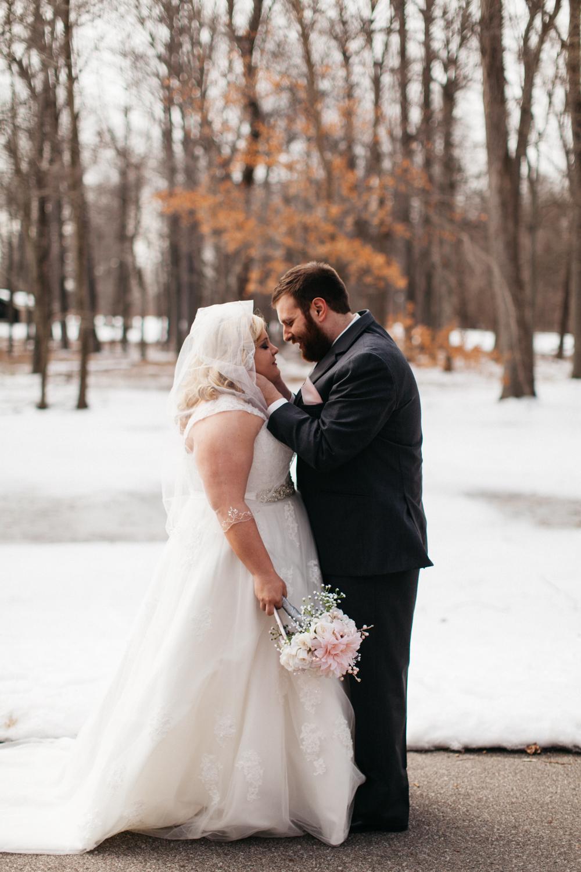 Evansville, Indiana-Wedding Photography-Neal Dieker-164.jpg