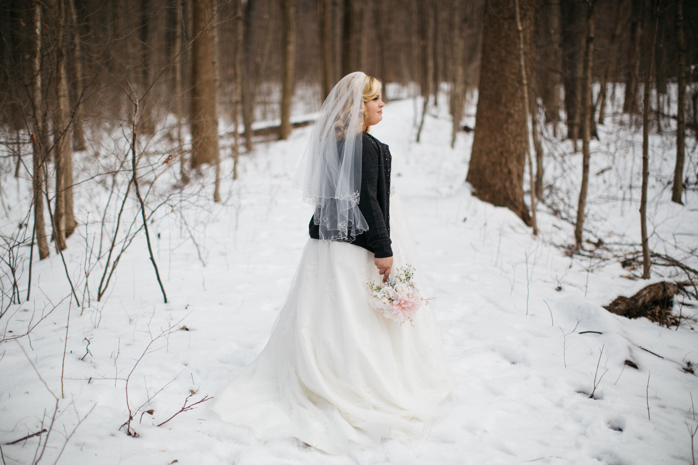 Evansville, Indiana-Wedding Photography-Neal Dieker-175.jpg