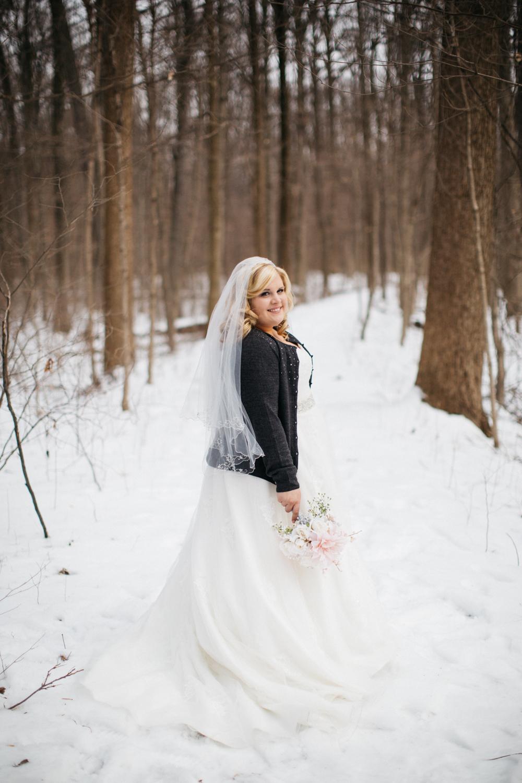 Evansville, Indiana-Wedding Photography-Neal Dieker-177.jpg