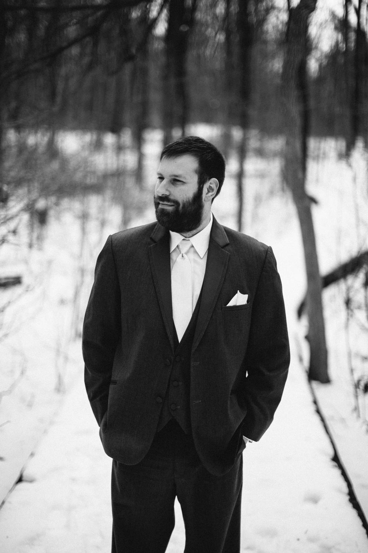 Evansville, Indiana-Wedding Photography-Neal Dieker-185.jpg