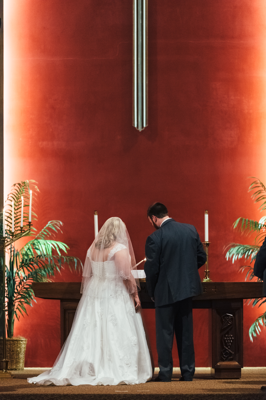 Evansville, Indiana-Wedding Photography-Neal Dieker-206.jpg
