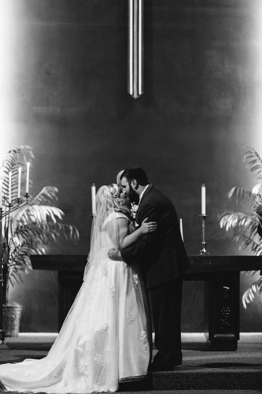 Evansville, Indiana-Wedding Photography-Neal Dieker-209.jpg