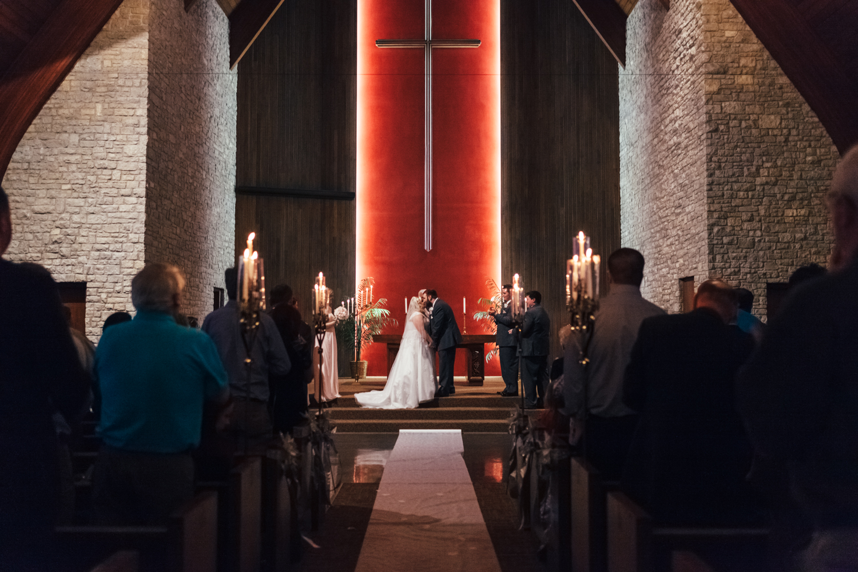Evansville, Indiana-Wedding Photography-Neal Dieker-210.jpg
