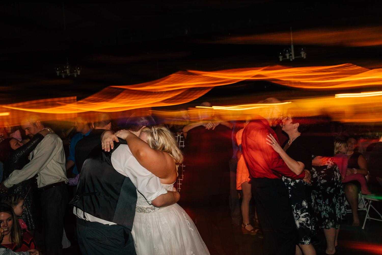 Evansville, Indiana-Wedding Photography-Neal Dieker-224.jpg