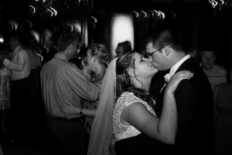 Wedding Photographer-Wichita, Kansas-207.jpg