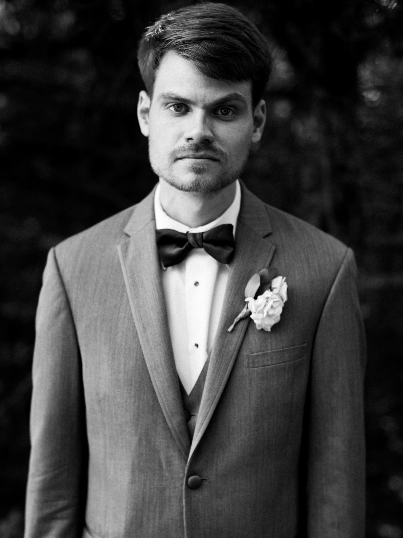 Wichita, Kansas Wedding Photographer - Neal Dieker - Wedding Photography-188.jpg