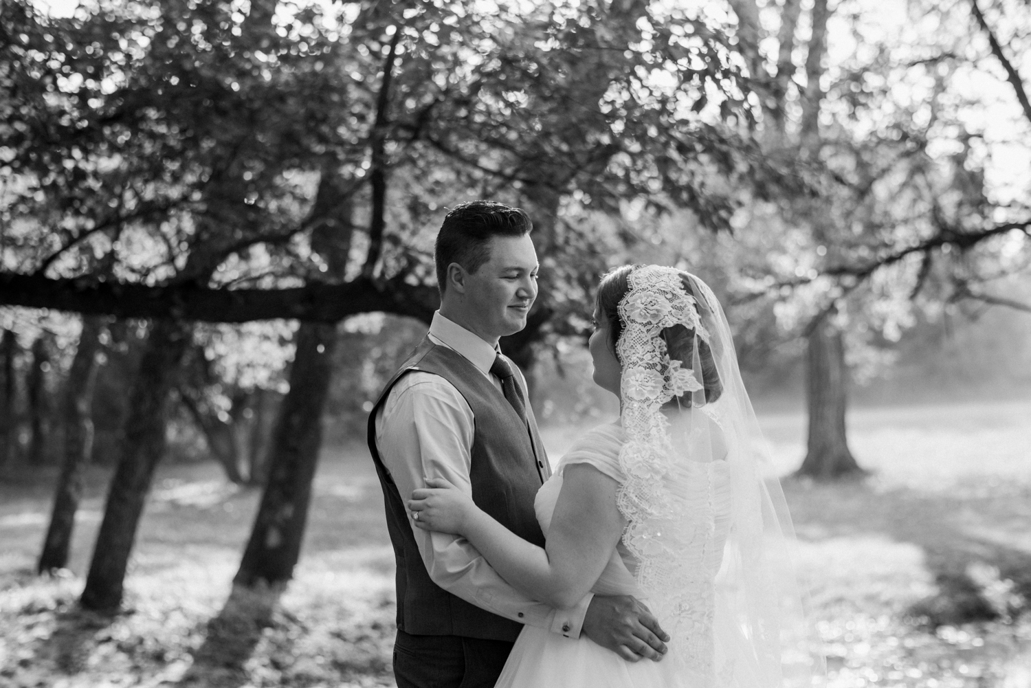Wichita, Kansas Outdoor Wedding-Neal Dieker-Pinecrest Country Place-Wichita, Kansas Wedding Photographer-180.jpg