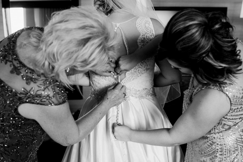 Wichita, Kansas Wedding Photographer-Neal Dieker-Wichita Boathouse Wedding-Wichita, Kansas Outdoor Wedding-132.jpg