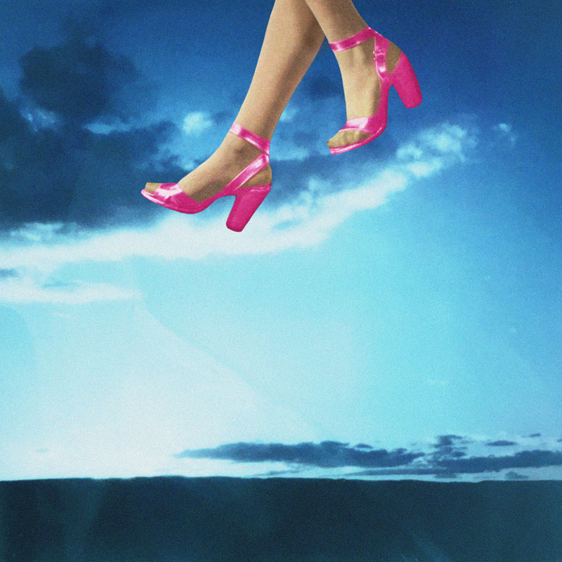Walking on Air | Julia Walck
